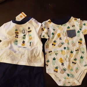 Boys gymboree outfit and onesie size vary